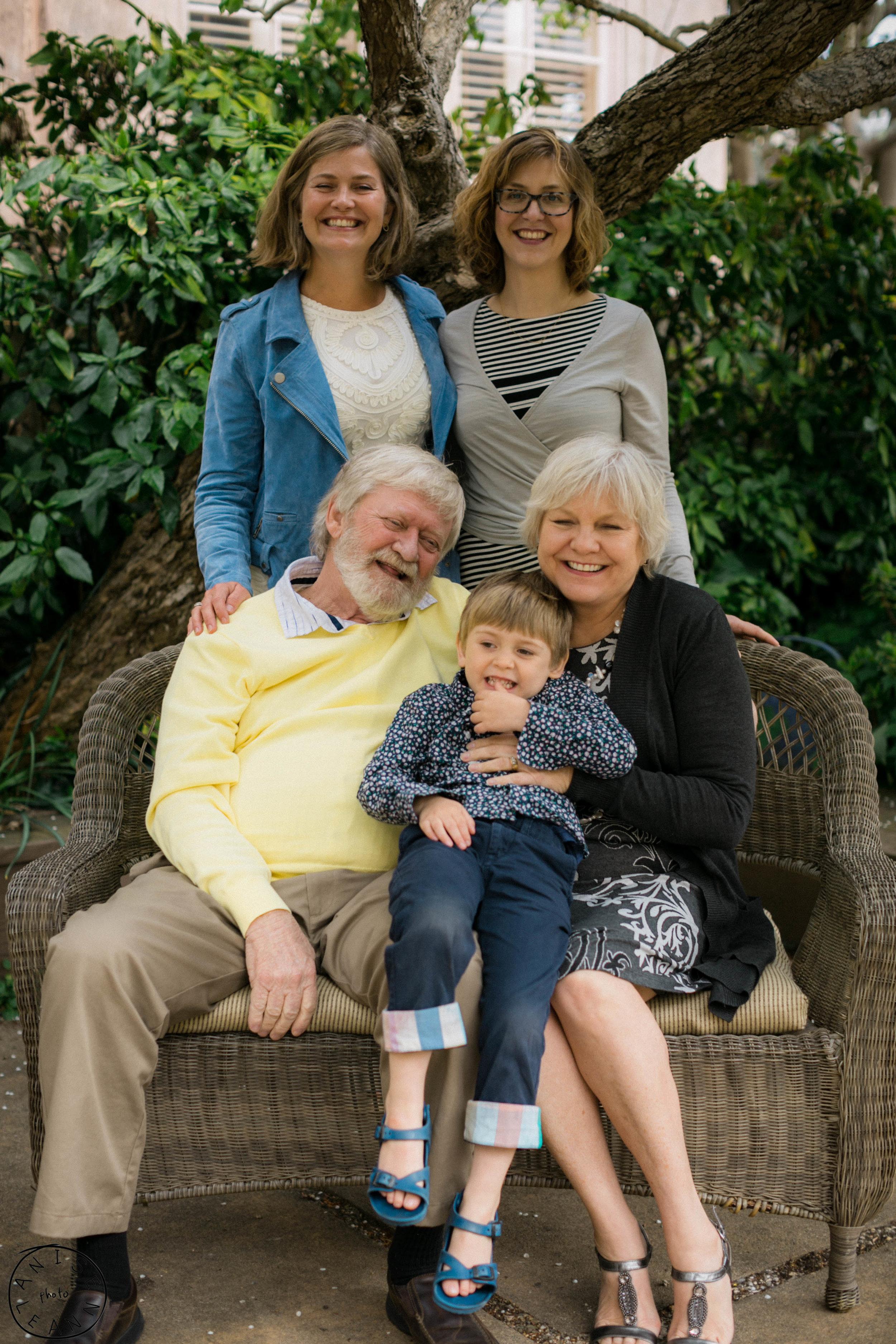 Caitlin Dave Family-56.jpg