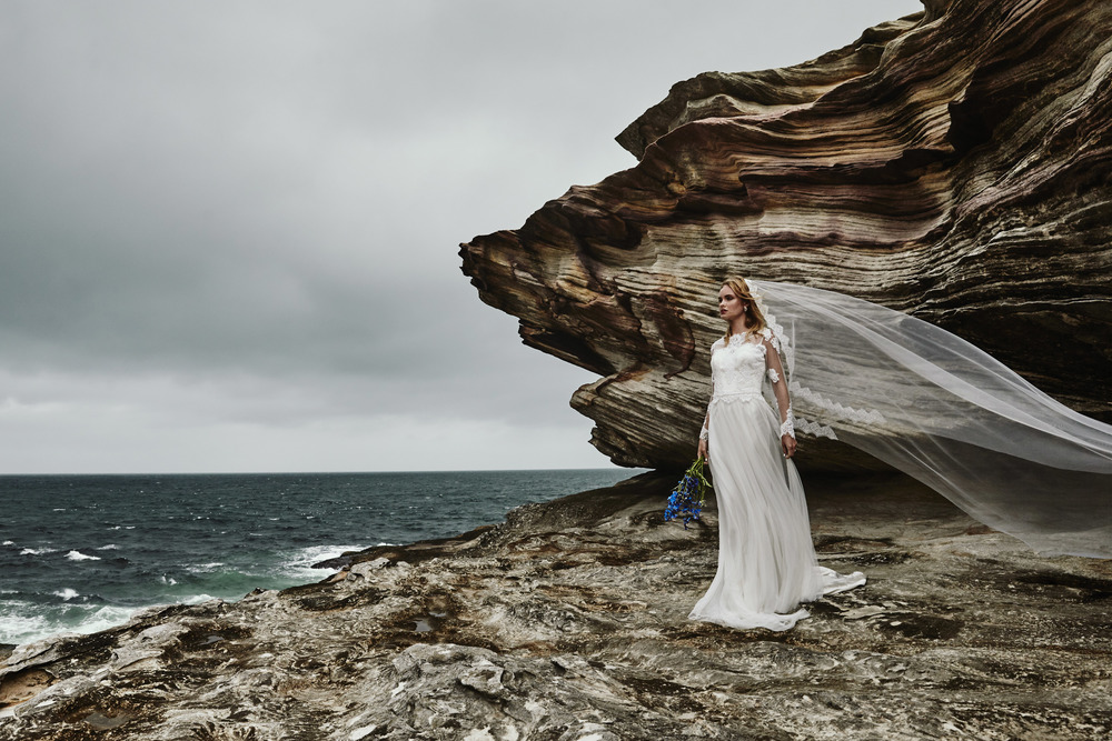moira+hughes+couture+paddington+veil+lace
