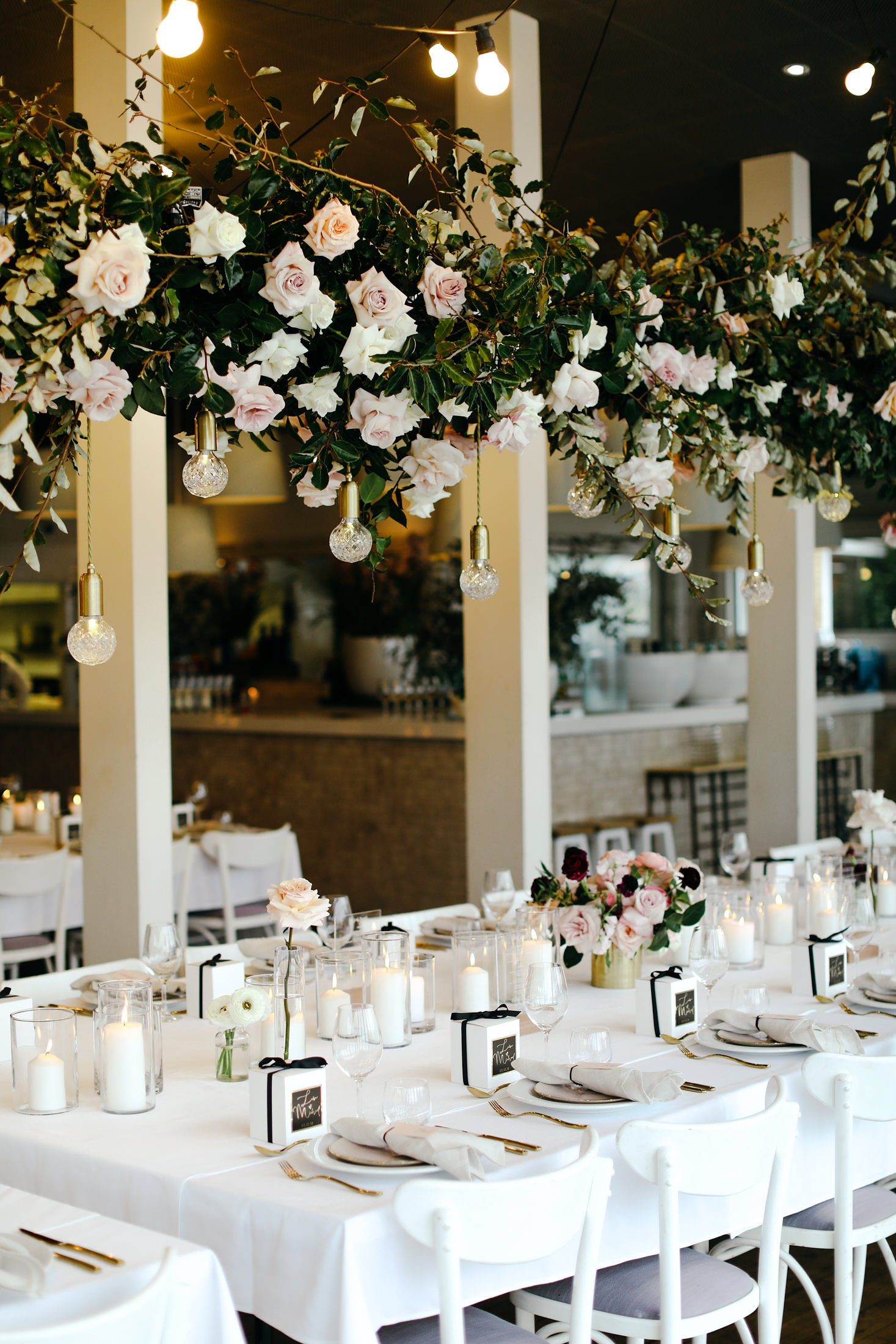 Sydney Bridal Sydney Wedding Floral Arrangement Table Setting Moira Hughes Couture