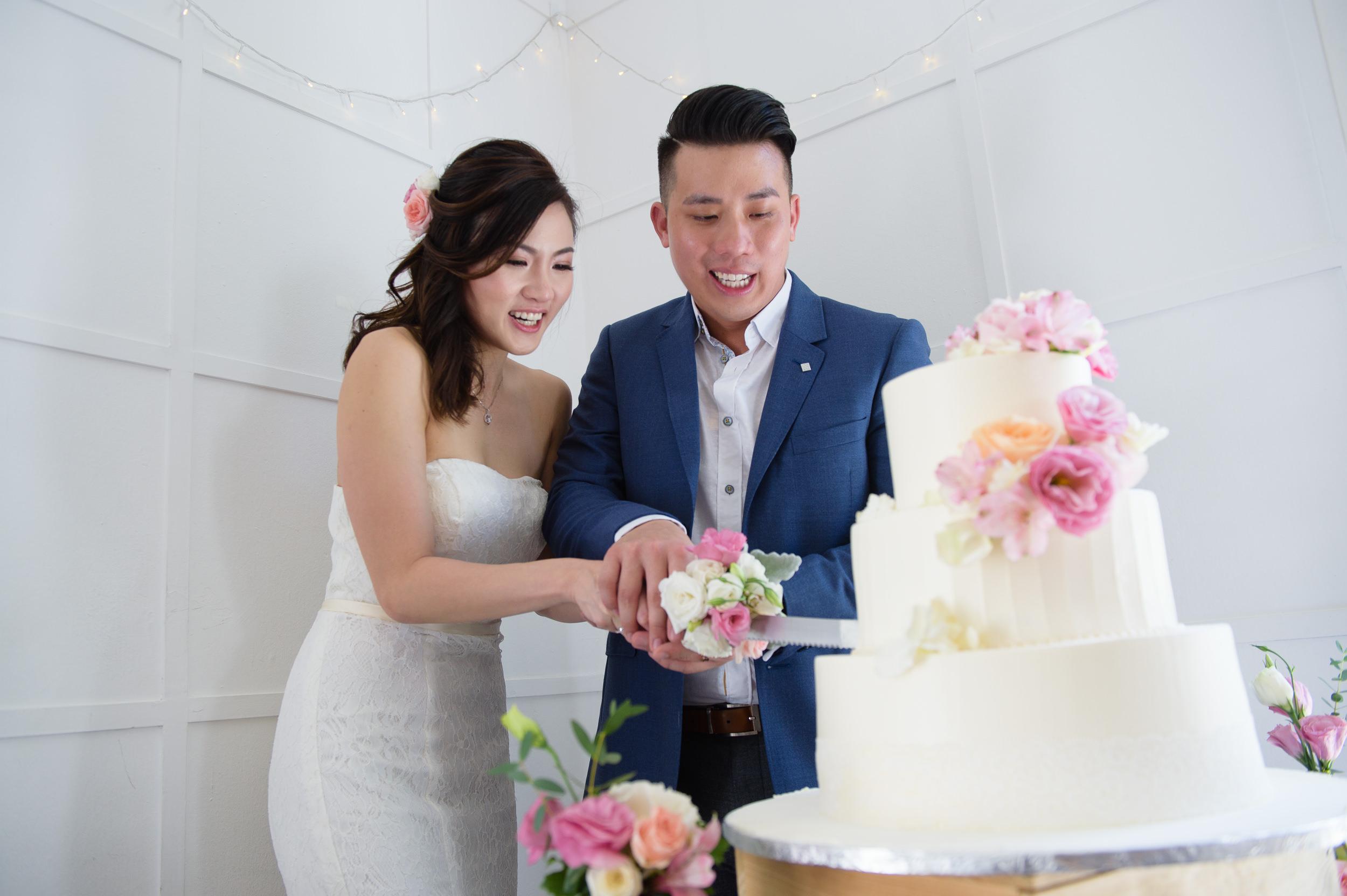 ROM Wedding Cake Cutting Bokelicious Photography