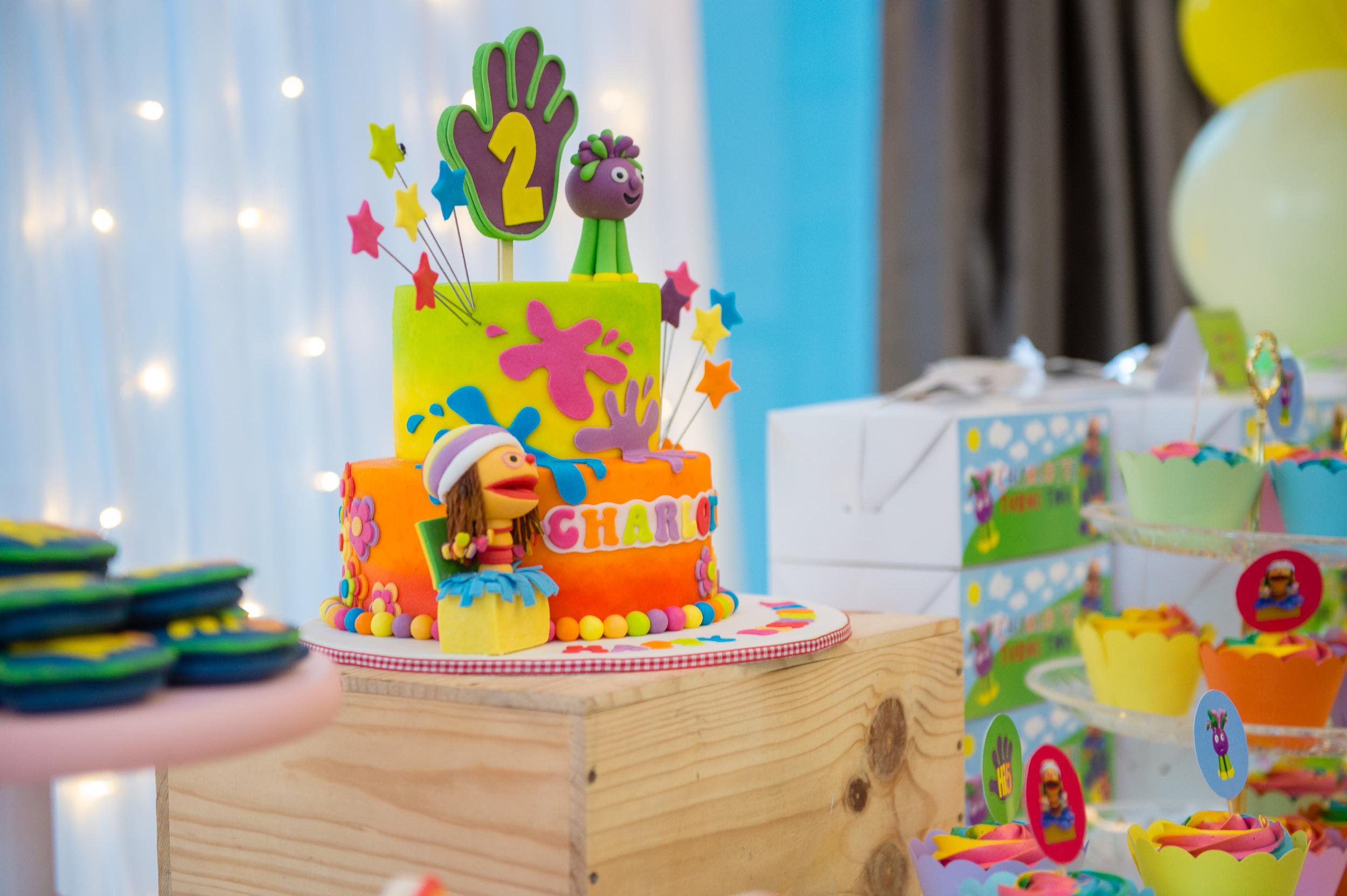 birthday cake photography