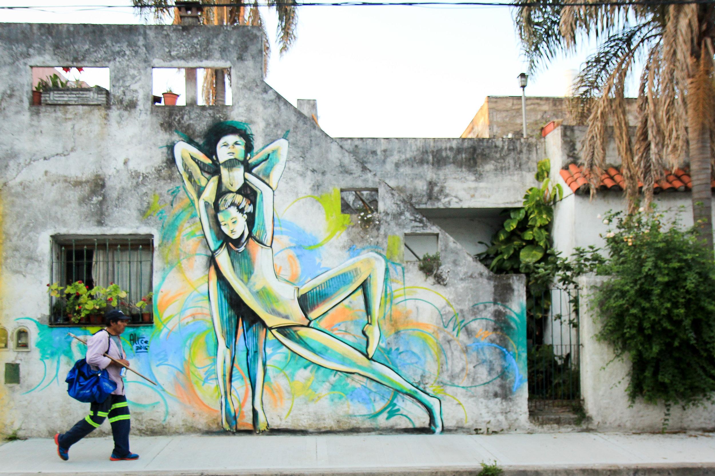 Alice Pasquini-Buenos Aires-2015-Photo Jessica Stewart.jpg