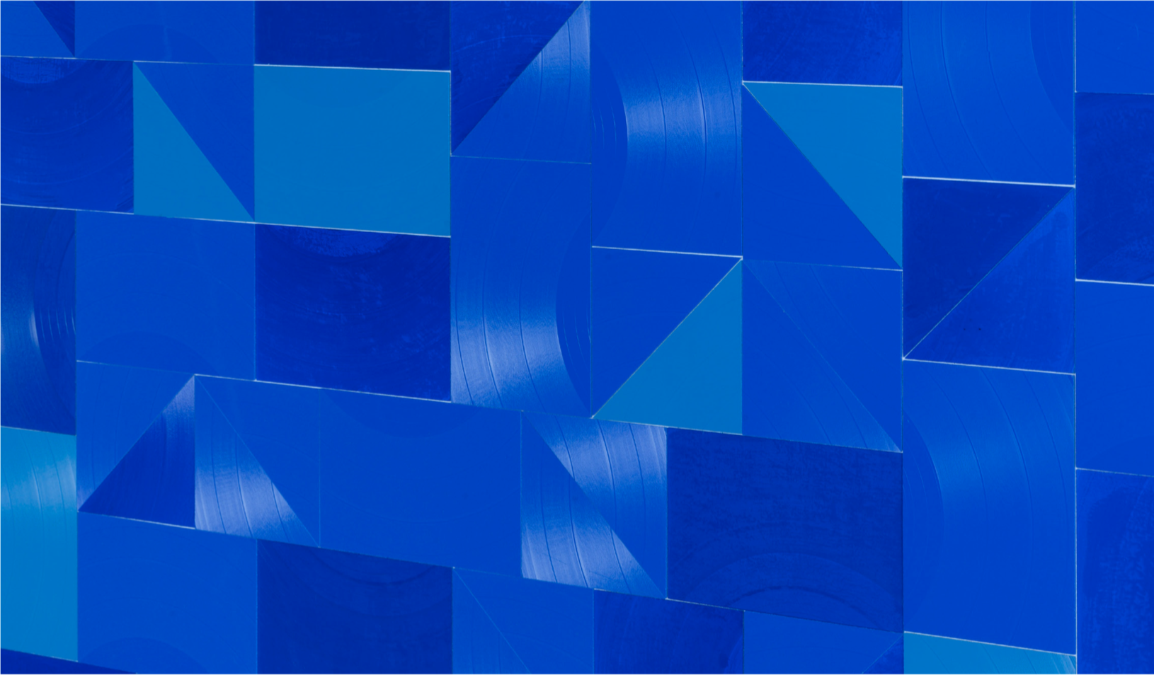 Ins Blaue  (detail), 2018. Cut vinyl records, acrylic, canvas, wood 192 x 140 x 4.1 cm | 75.6 x 55.1 x 1.6 in Courtesy of the artist and Perrotin.