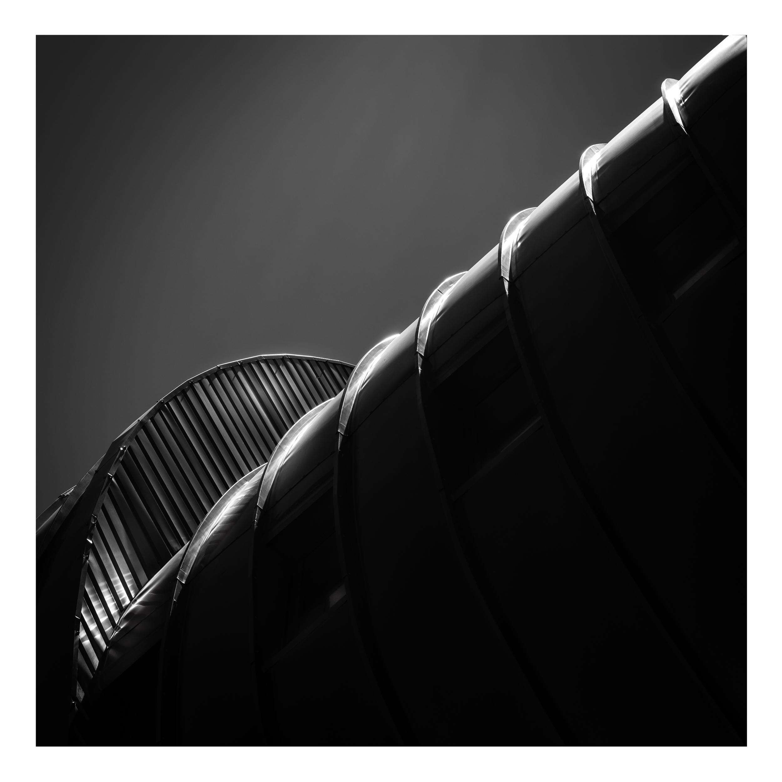 edge (net-zero energy building, Malaga)