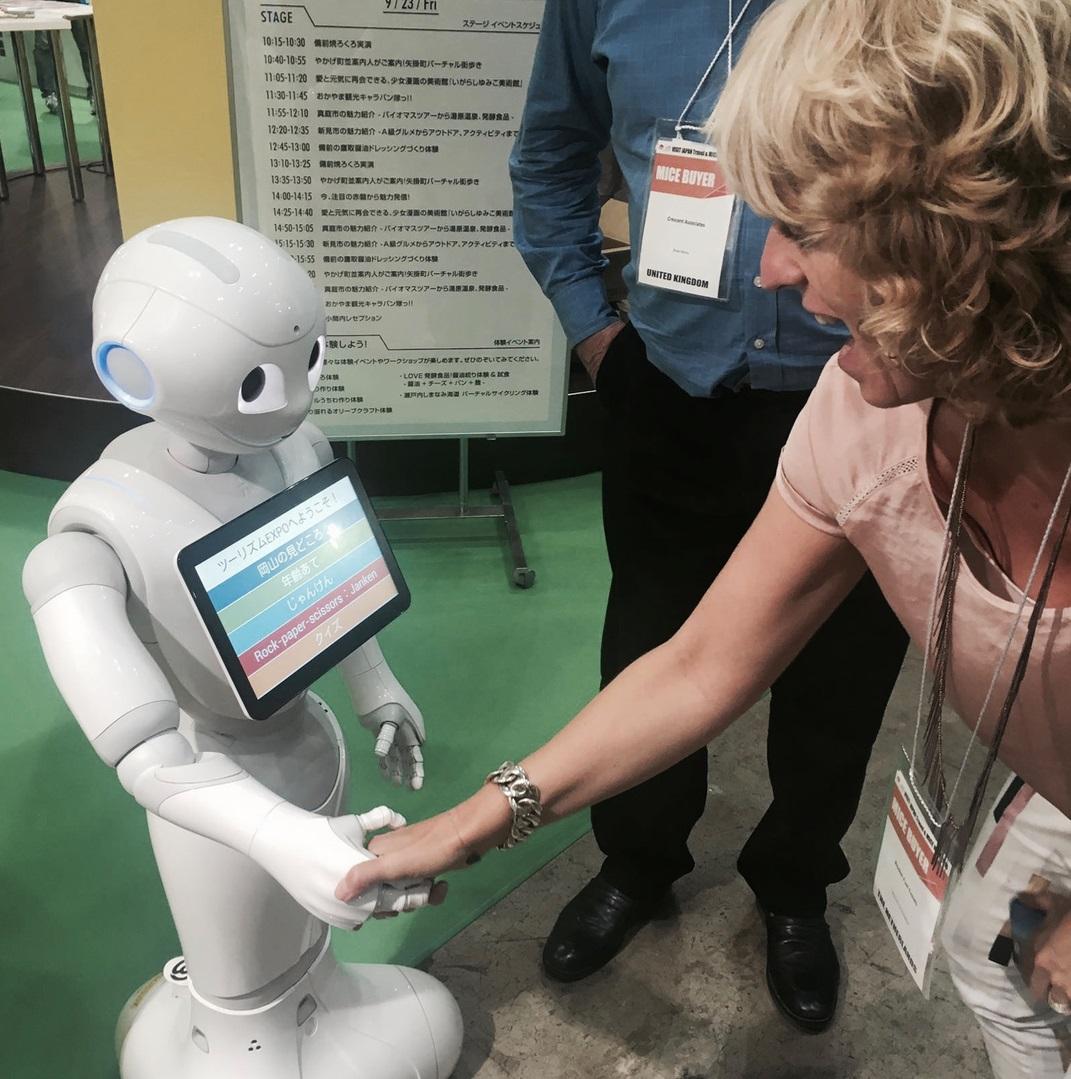 Jeanette & robot.jpg