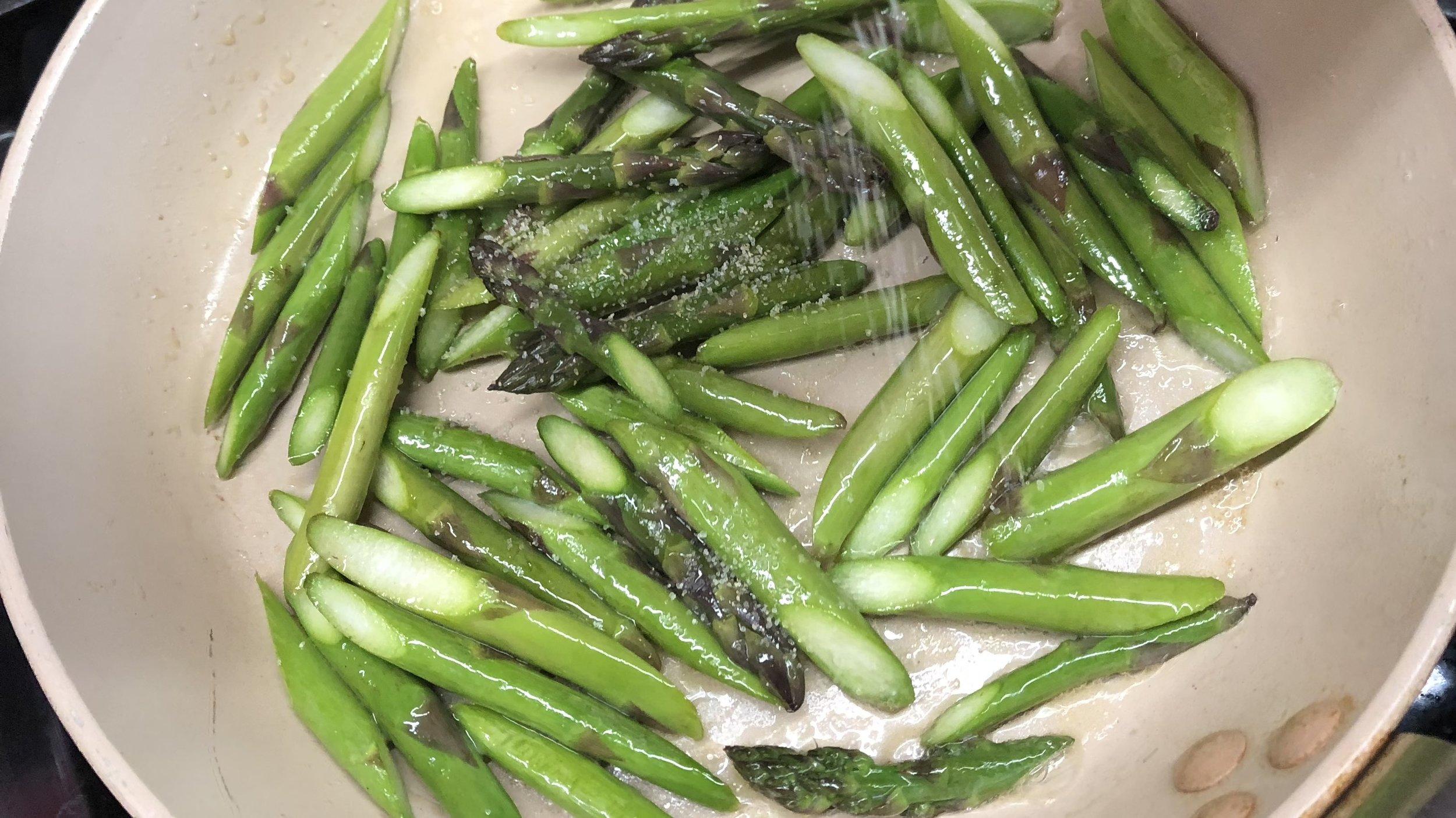 Asparagus Roasting 16x9 Cooking step.jpg