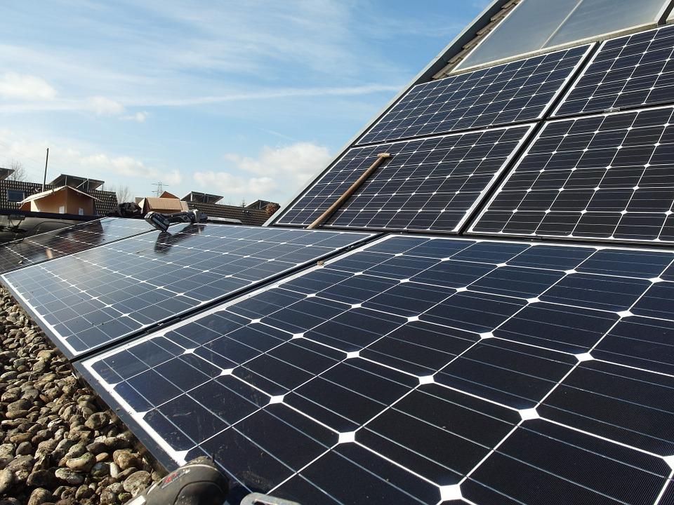 solar-panels-692834_960_720.jpg