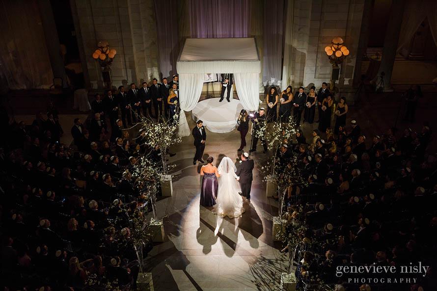 Abby-Adam035-Old-Courthouse-cleveland-wedding-photographer-genevieve-nisly-photography.jpg