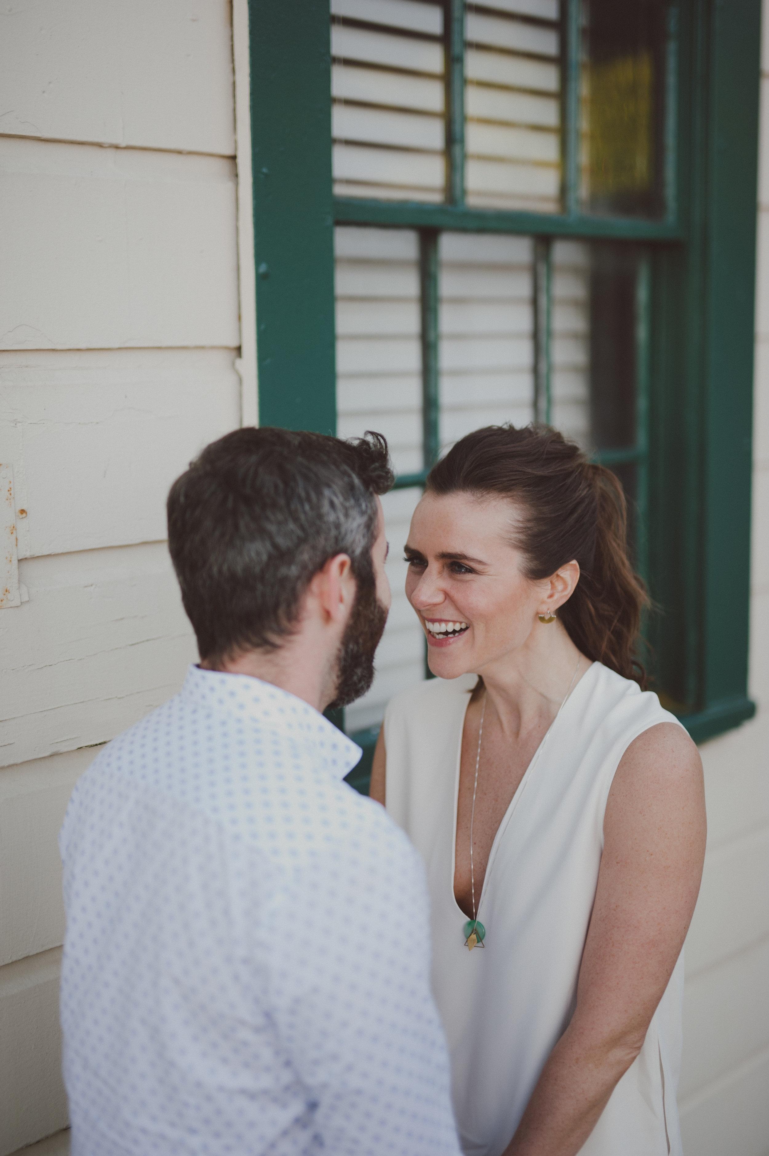 24_LOVE+WOLVES_Kate+Mark_Eng.jpg