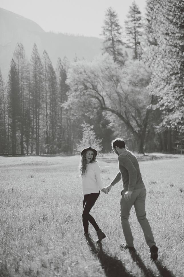 015_47_LOVE+WOLVES_Nicole+Erik_BW_SS_NOWM.jpg