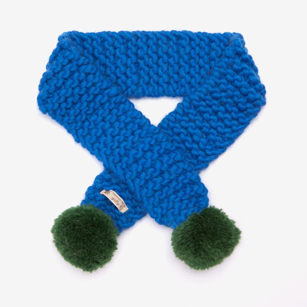 blue_scarf.jpg