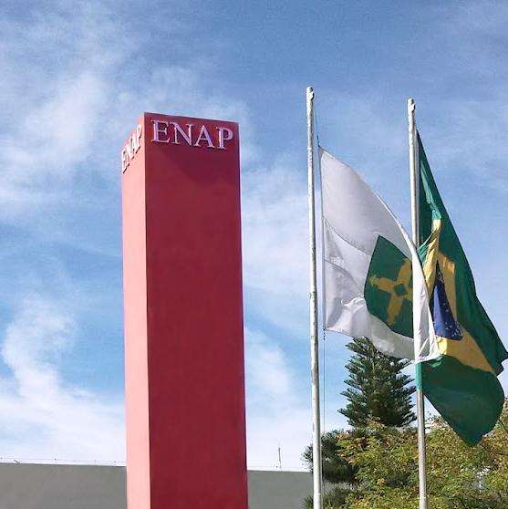 Escola Nacional de Administração Pública - ENAP.