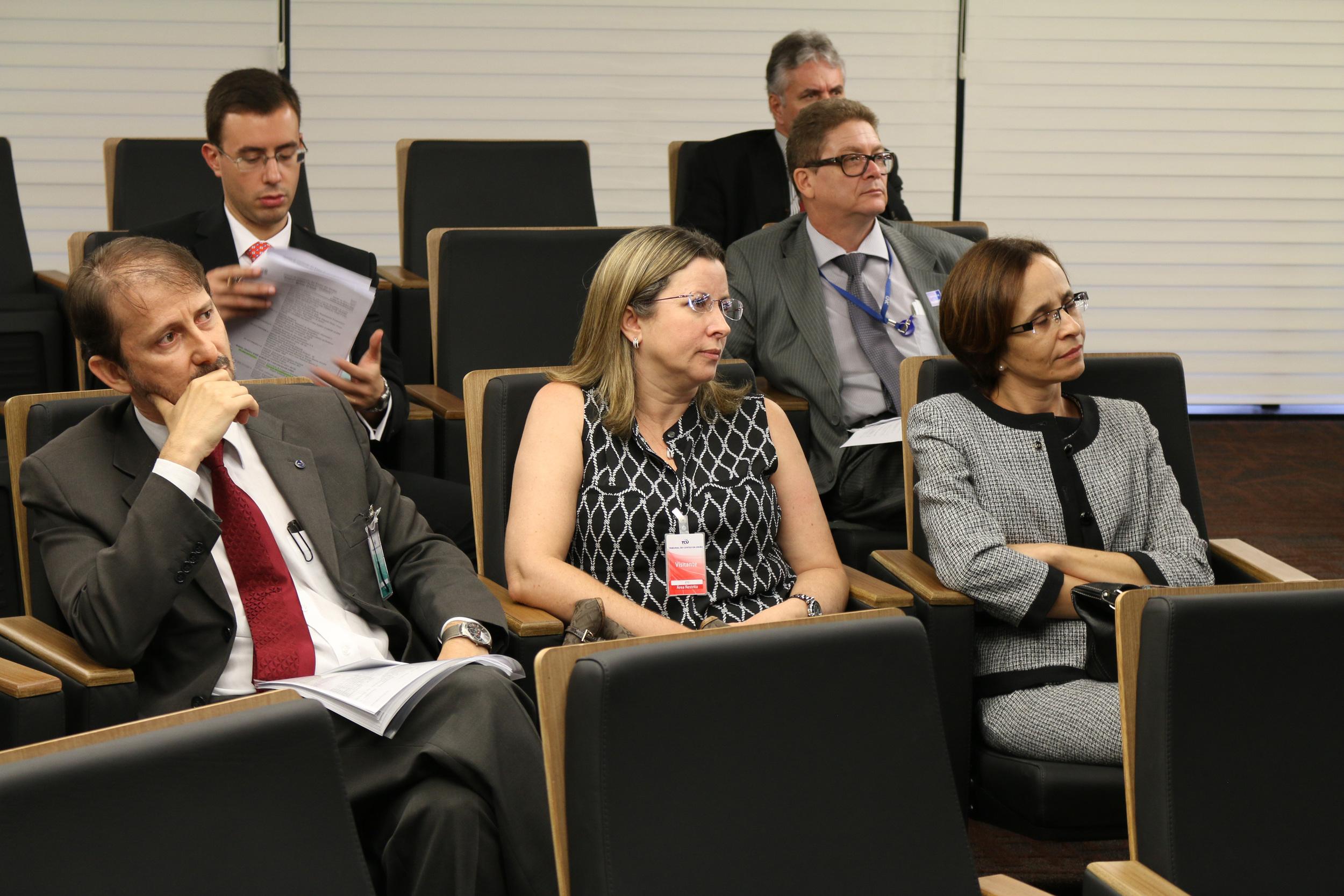 Representantes da Esaf e do Ministério do Planejamento. Foto: Filipe Calmon / ANESP
