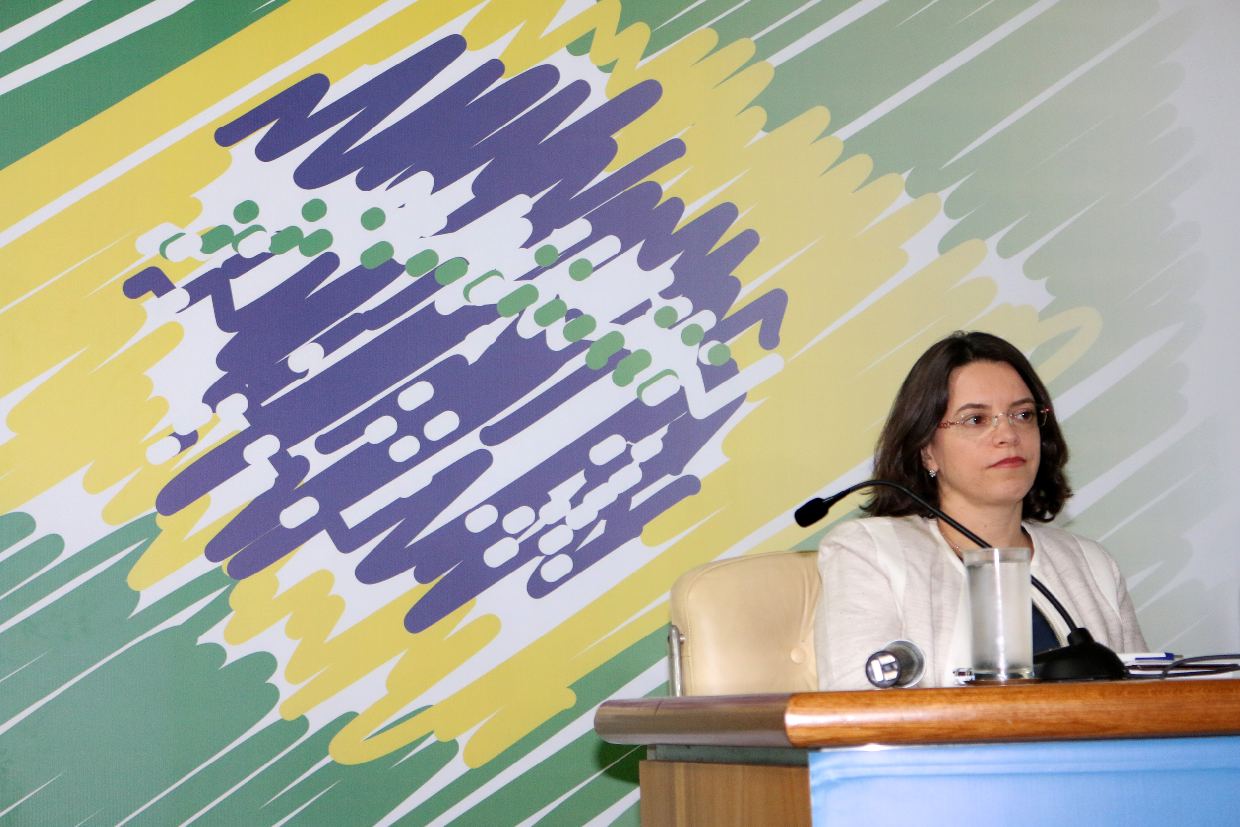 Paula Lima - AGE 13-03-2015 - MP - Filipe Calmon - ANESP.jpg