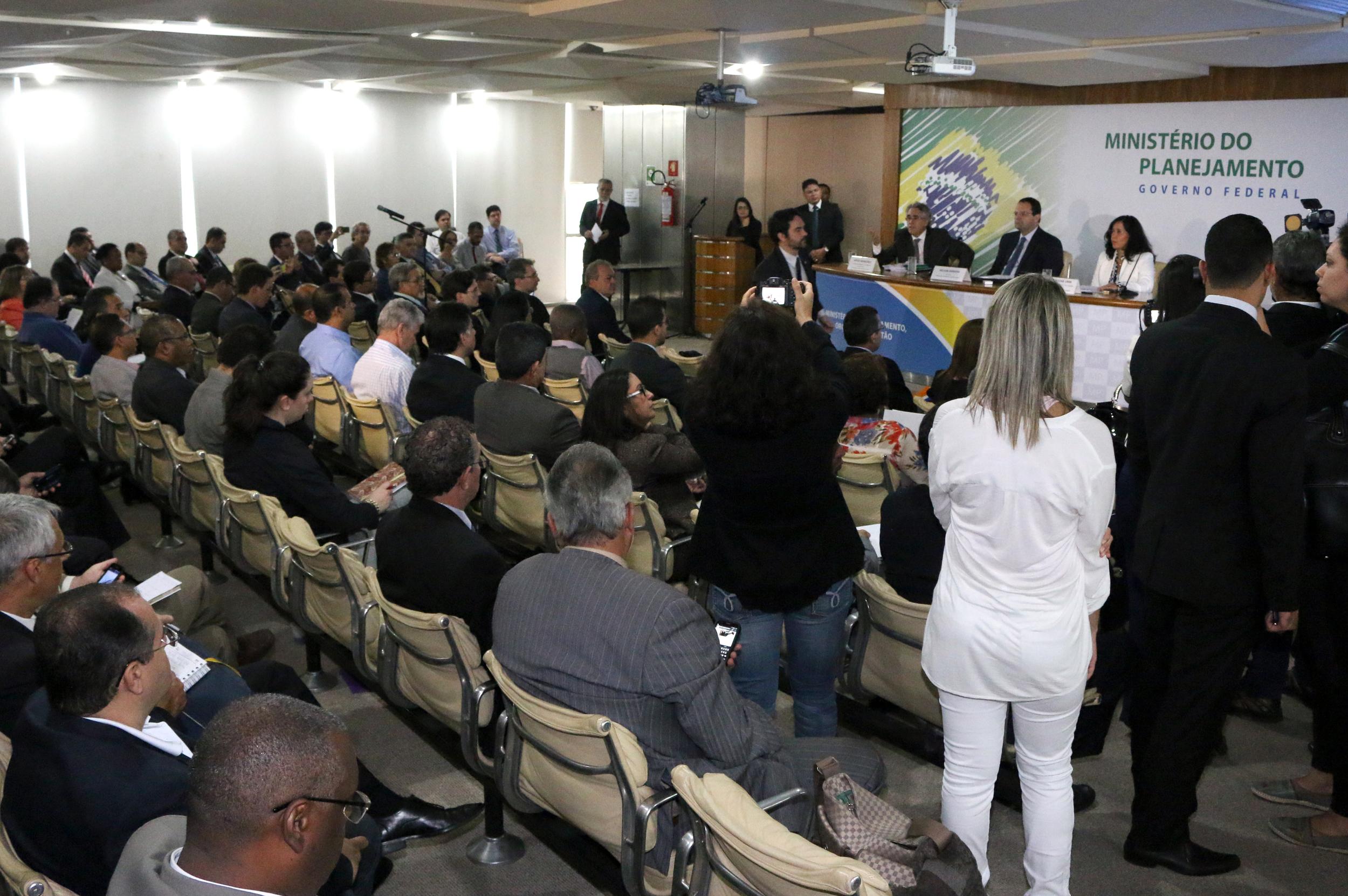 Reunião contou com a presença de quase 100 representantes de servidores públicos. Foto: Filipe Calmon / ANESP