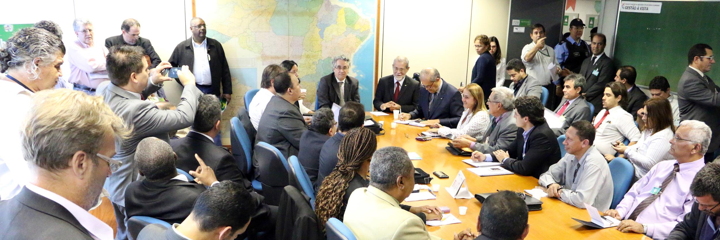 Sérgio Mendonça foi o porta-voz do Governo Federal na apresentação da proposta de reajuste salarial. Foto: Filipe Calmon / ANESP