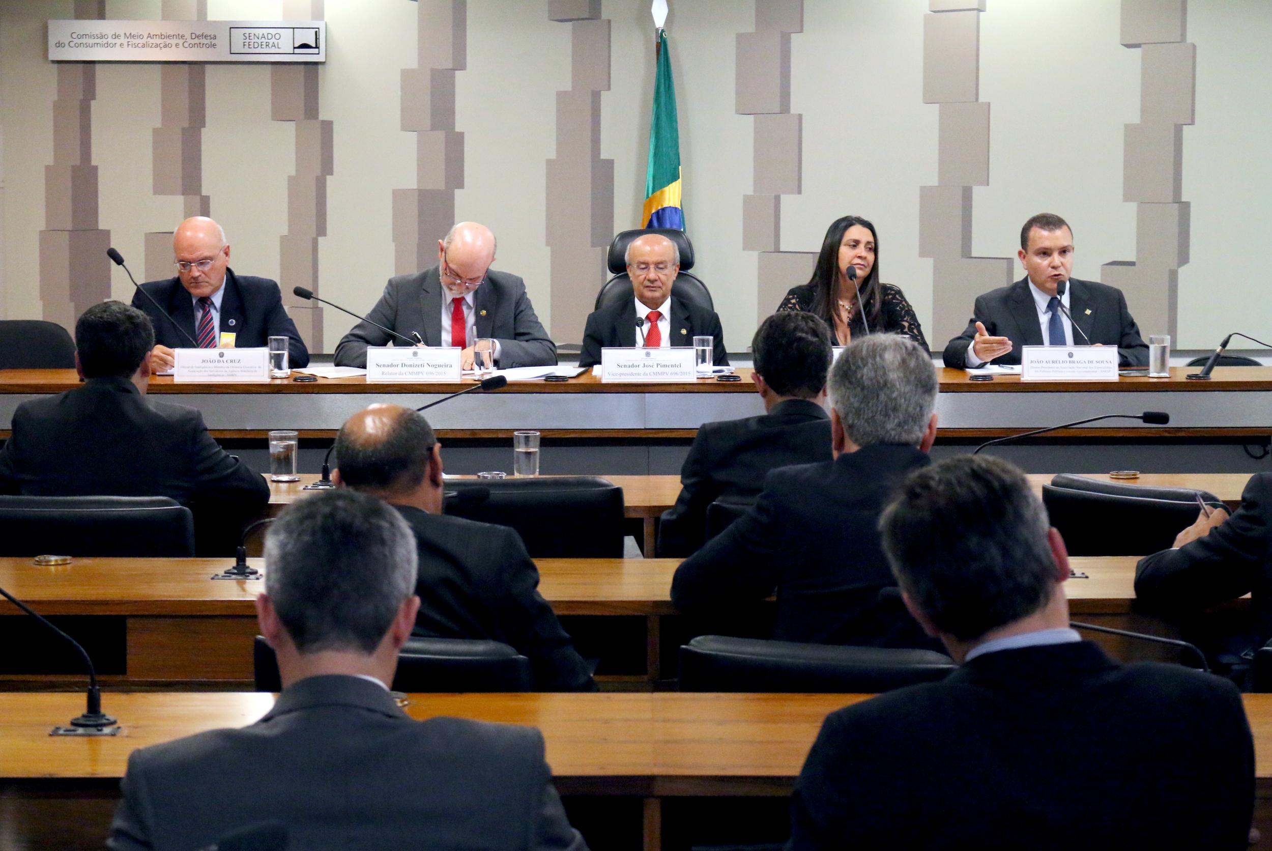 05 João Aurélio - Audiência Pública MP 696 2015.jpg