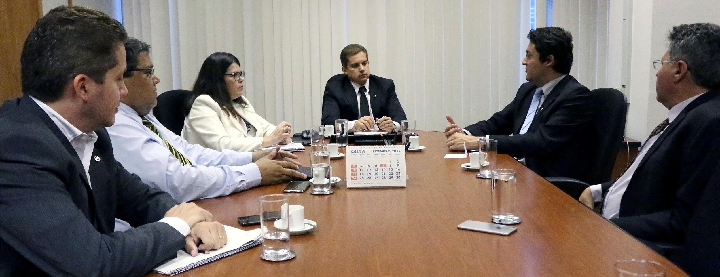 Vinícius Roda, Tito Fróes, Aline Soares, Gleisson Rubin, Alex Canuto e Alex Machado. Foto: Filipe Calmon / ANESP