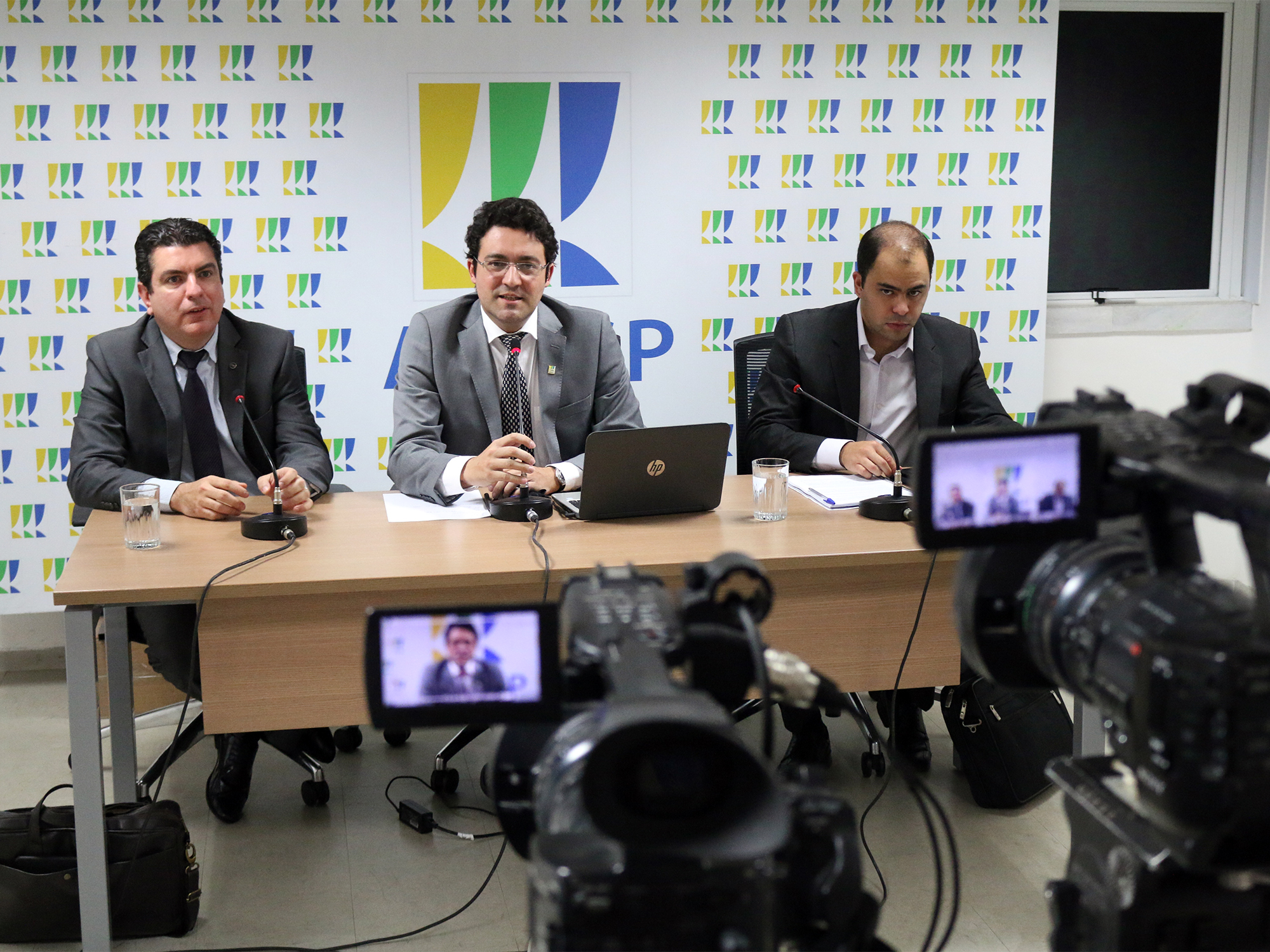 Marlons Arraes, Alex Canuto, e Marcus Eugênio. Fotos: Filipe Calmon / ANESP