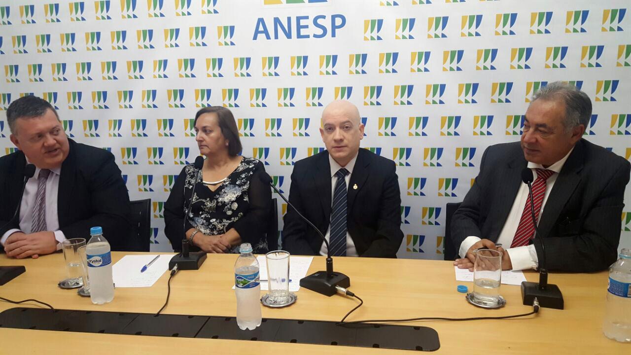 Sylvio Micelli, Carmen Bressane, Vinícius Barile e Antonio Carlos. Foto: Sérgio Lerrer