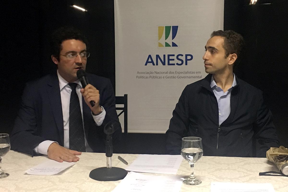 Alex Canuto e Matheus Azevedo