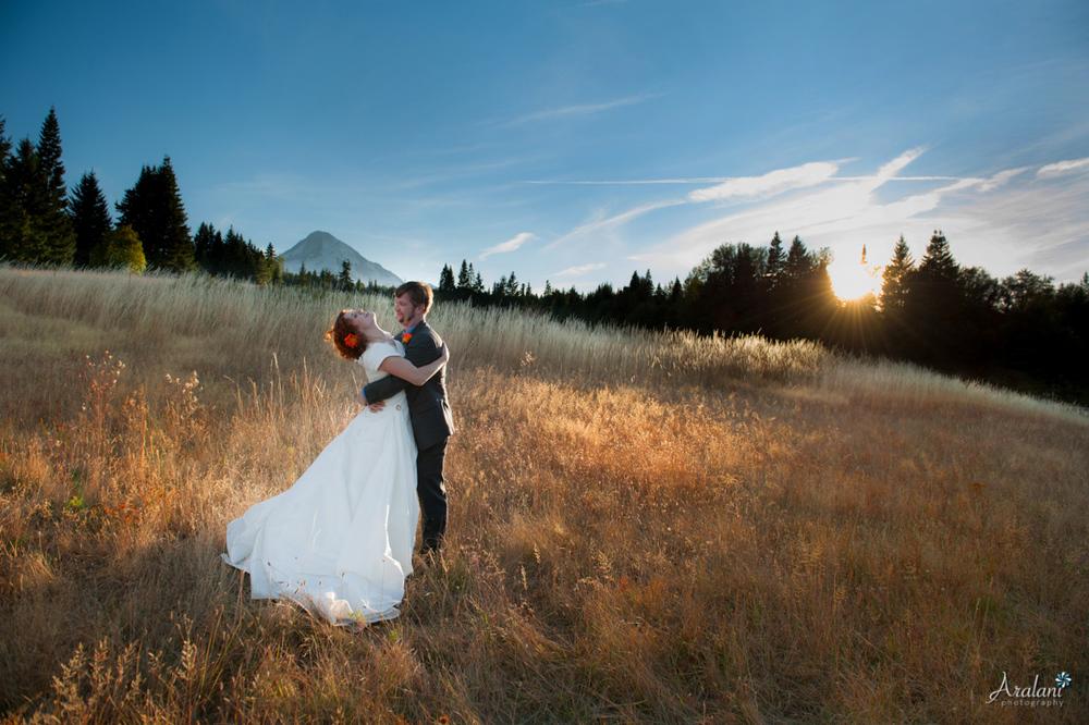 Mt_Hood_Bed_Breakfast_Wedding.jpg