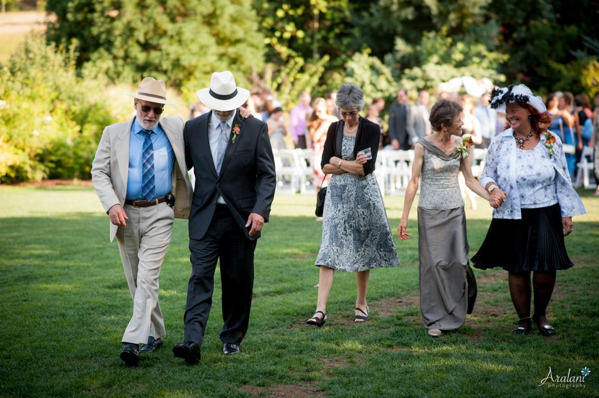 McMenamins_Edgefield_Wedding_SB0038.jpg