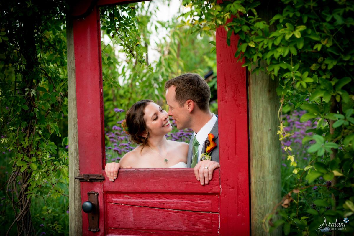 McMenamins_Edgefield_Wedding_SB0051.jpg
