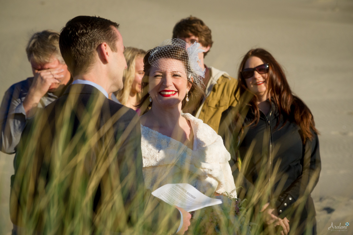 Cape_Kiwanda_Tiny_Wedding027.jpg