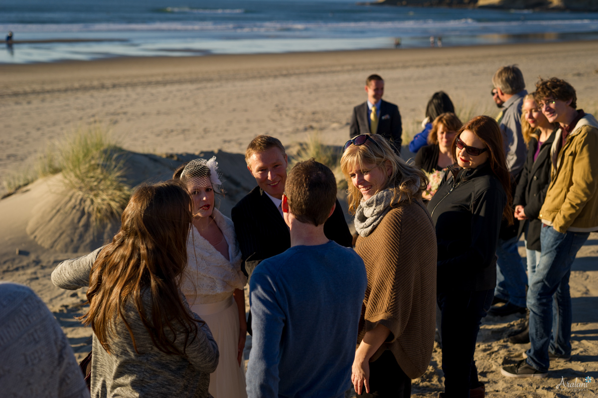 Cape_Kiwanda_Tiny_Wedding034.jpg