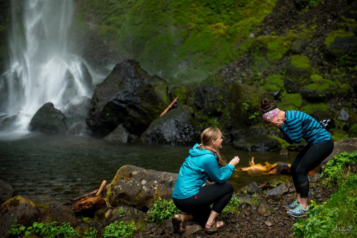 Oregon_Waterfall_Engagement0004.jpg