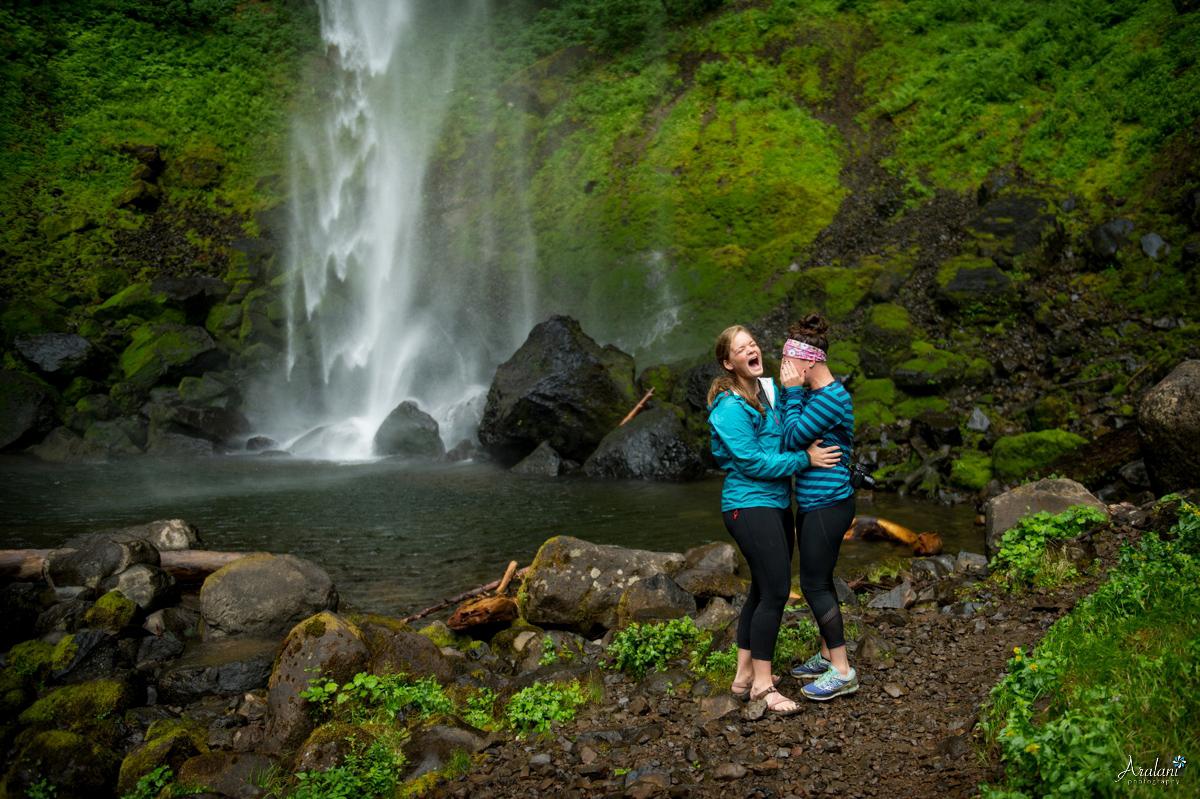 Oregon_Waterfall_Engagement0009.jpg