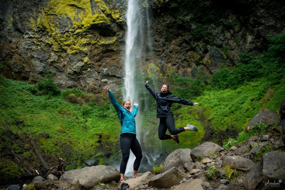 Oregon_Waterfall_Engagement0014.jpg