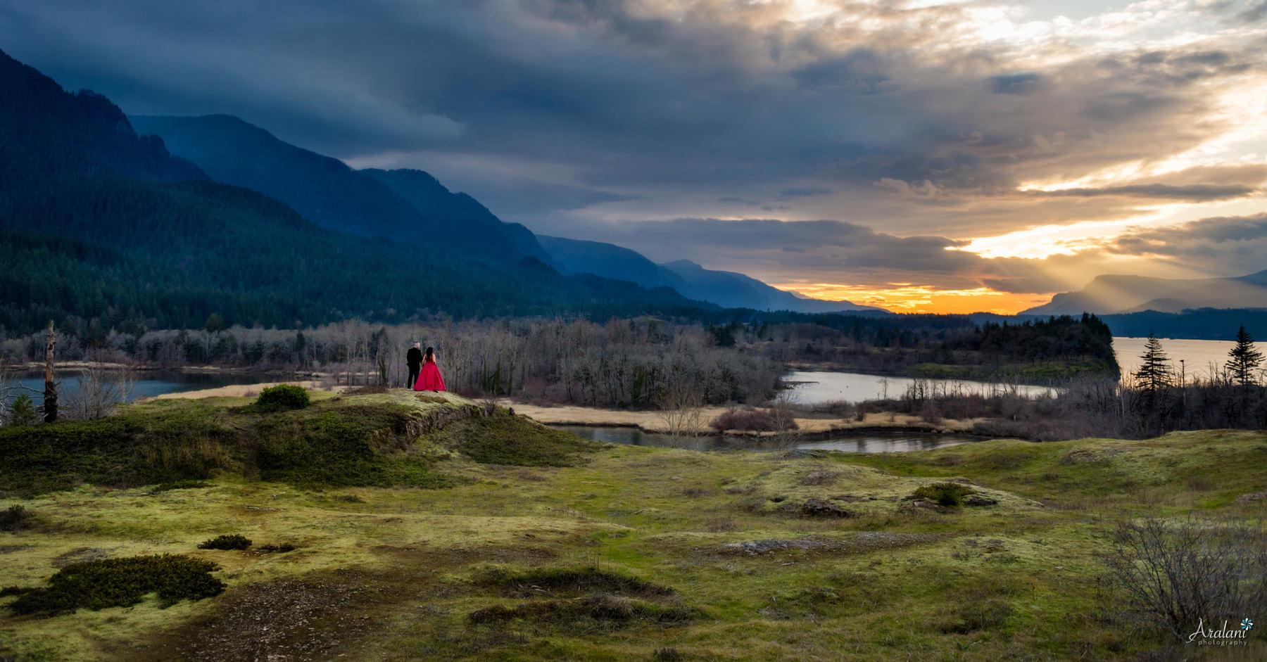 Columbia_River_Gorge_Sunset_Engagement0007.jpg