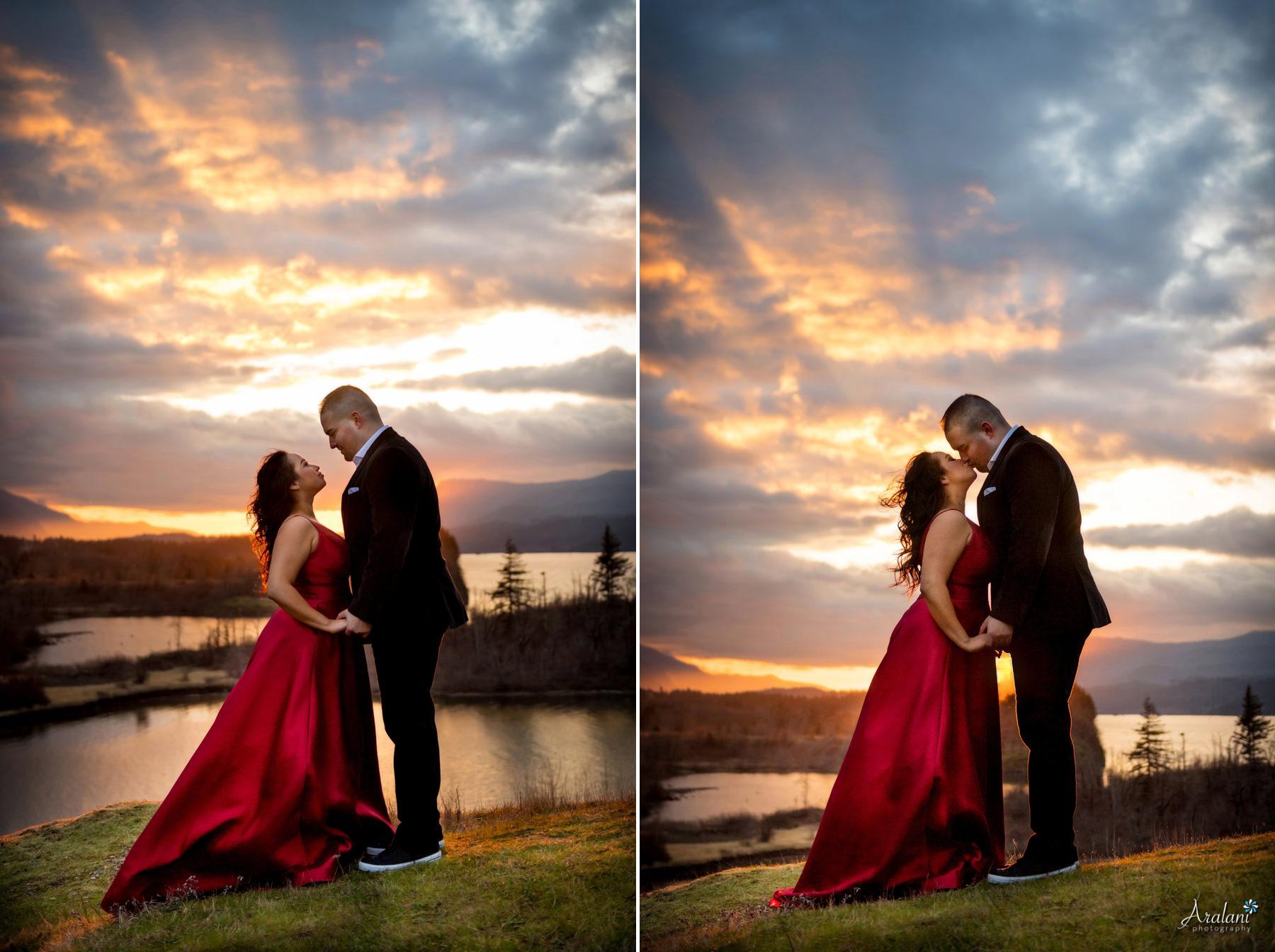 Columbia_River_Gorge_Sunset_Engagement0011.jpg