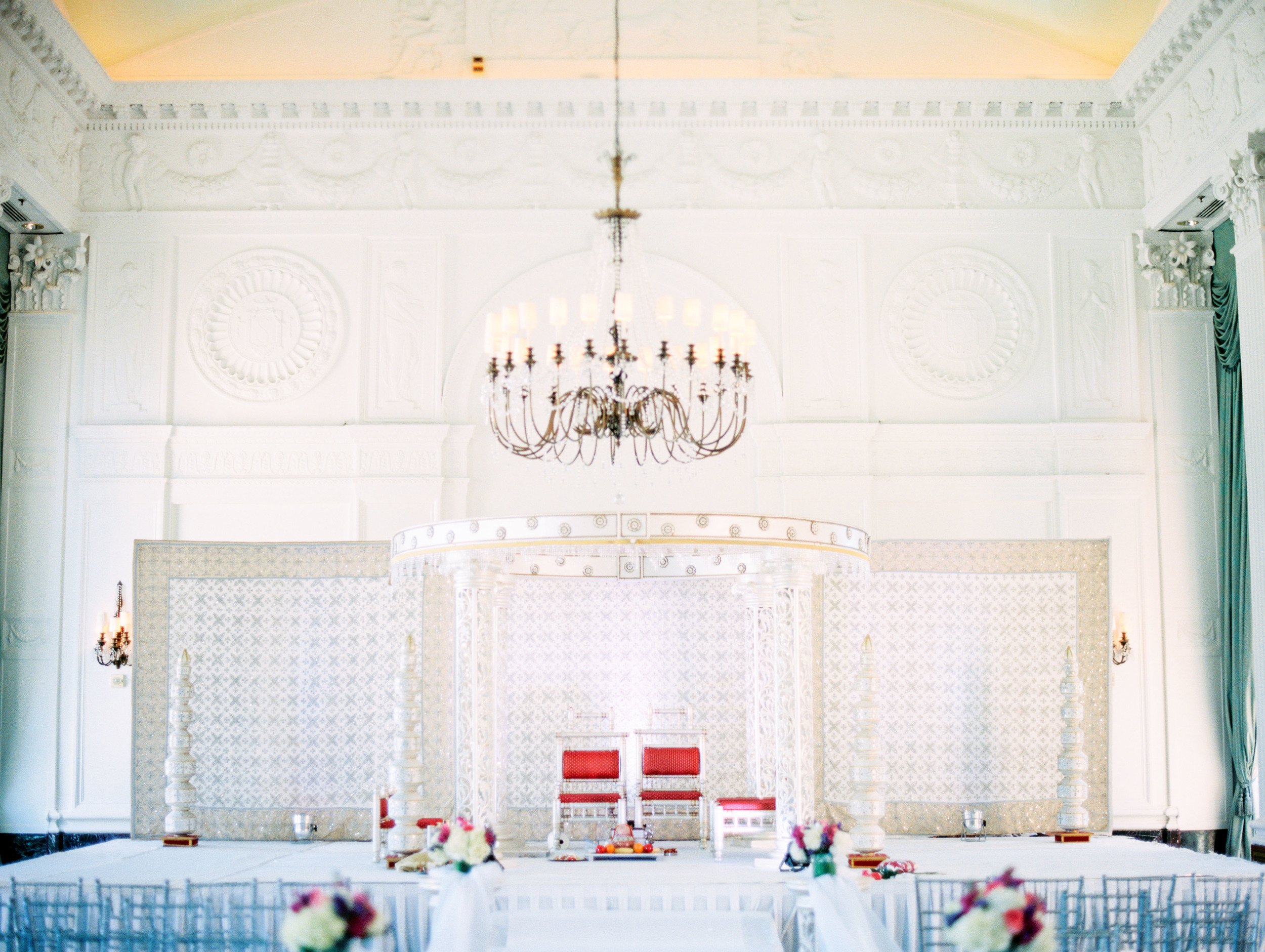 Marriott Grand St. Louis Wedding Photo (1009 of 31).jpg