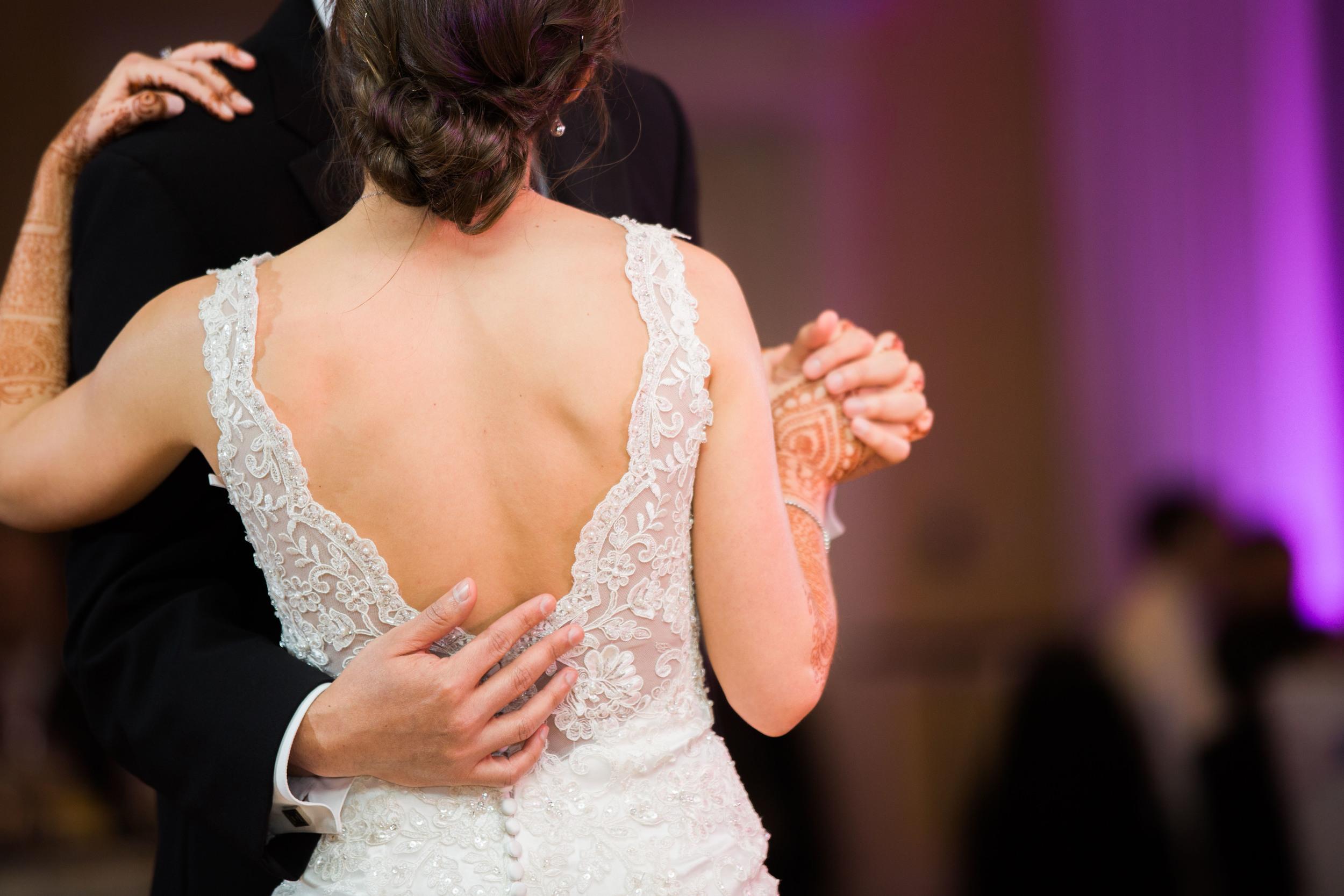 Marriott Grand St. Louis Wedding Photo (1028 of 31).jpg
