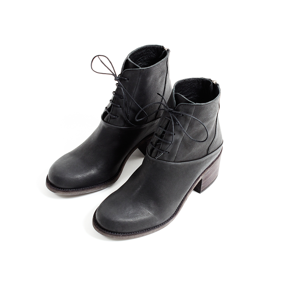 "LD Tuttle ""The Rain"" in Black sz. 37,38,39,40 available - $630 - SOLD OUT!"