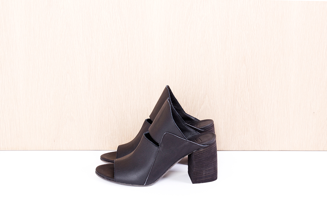 """LD TUTTLE  """"The Cure"""" in black $520 sizes ( 37, 38, 39, 40 available)"""