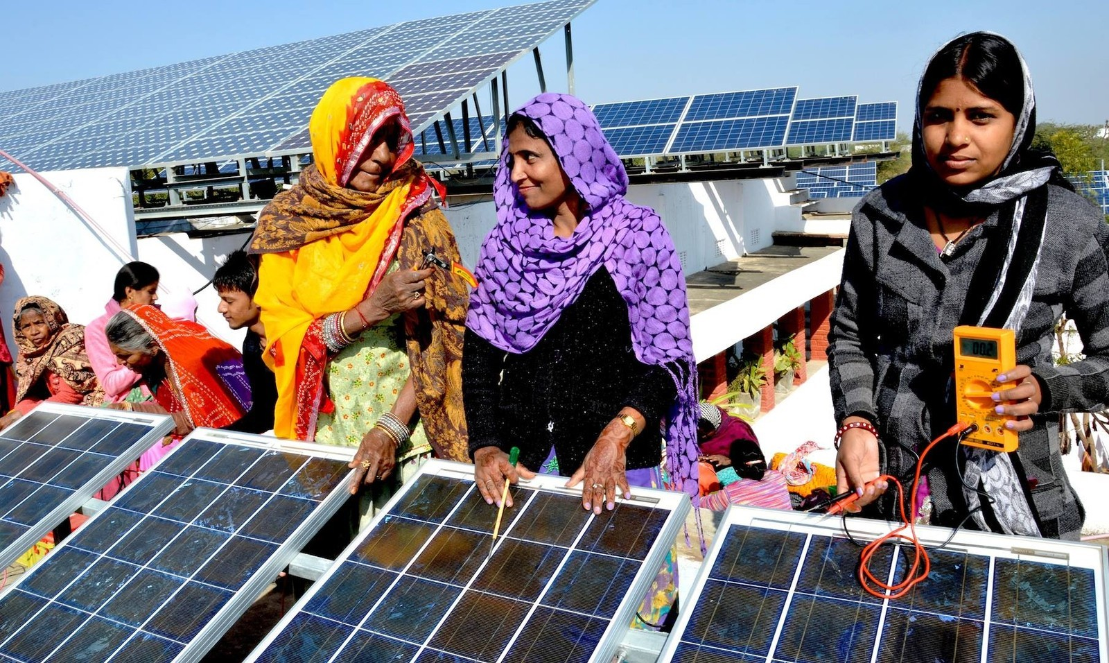 Photo 2 barefoot-college-india-hero-women-solar-panel.jpg