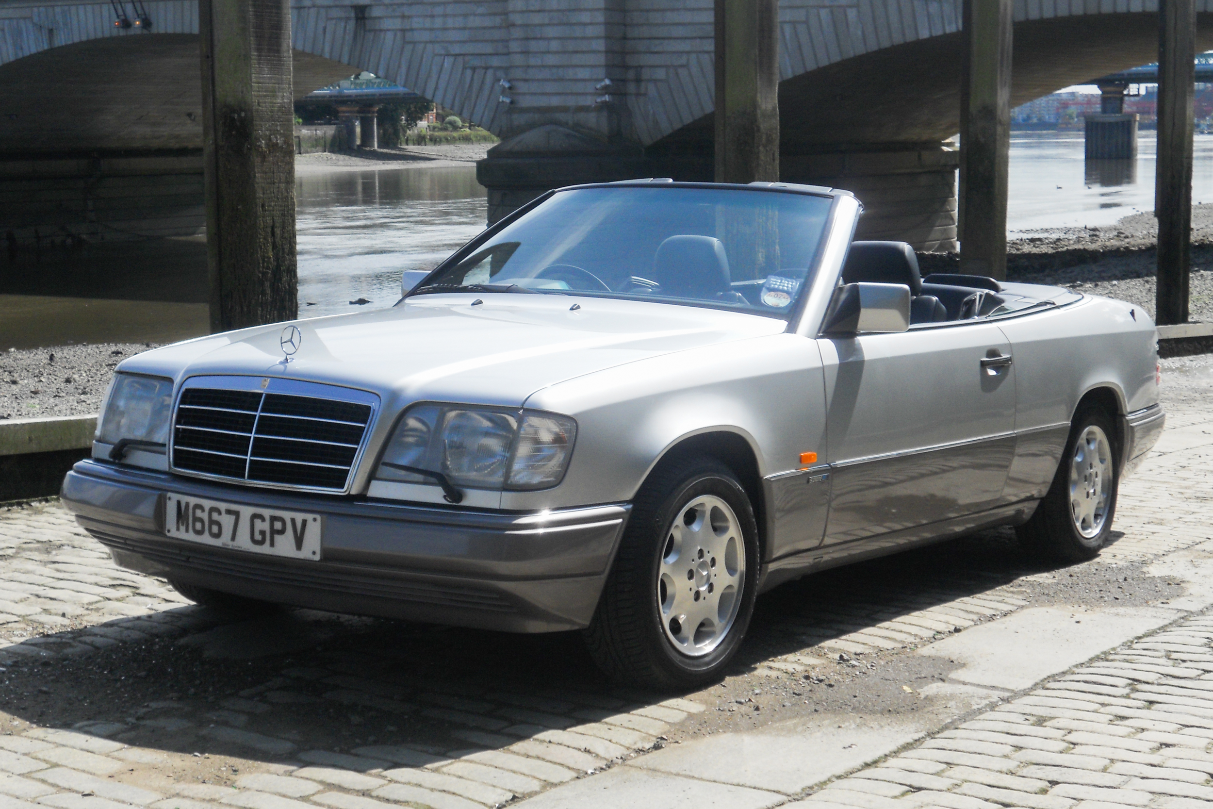 1995 Mercedes-Benz E320 Sportline Cabriolet