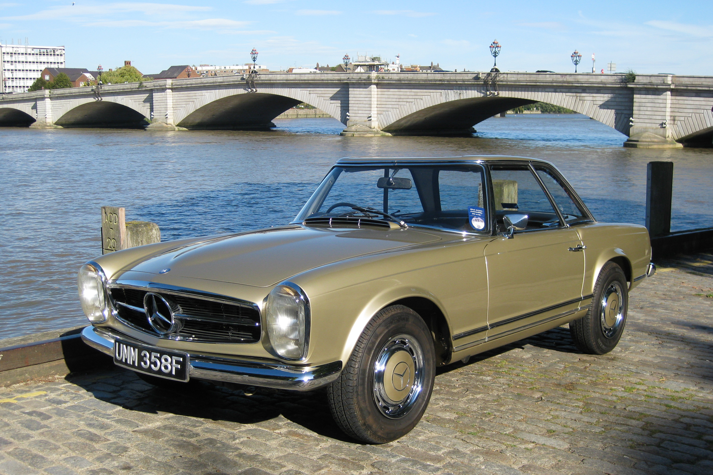 1968 Mercedes-Benz 280SL