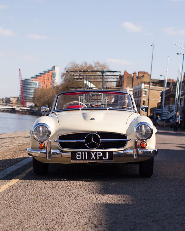 After yesterday's downpour, we reckon summer might be back! Here's our 190SL down by the River Thames, all the info is on our website!