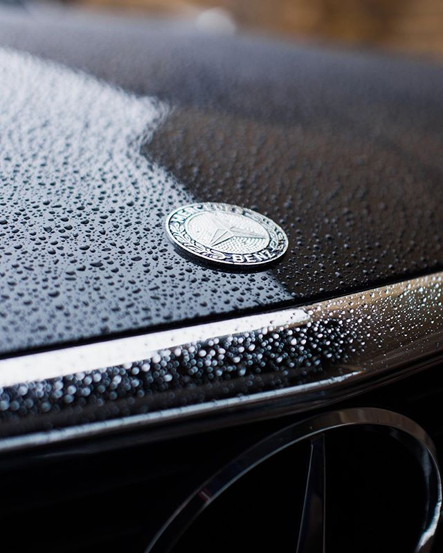 We're a little bit bored of rain in London now! Our 500SL got caught in the rain, lovely water beading though!