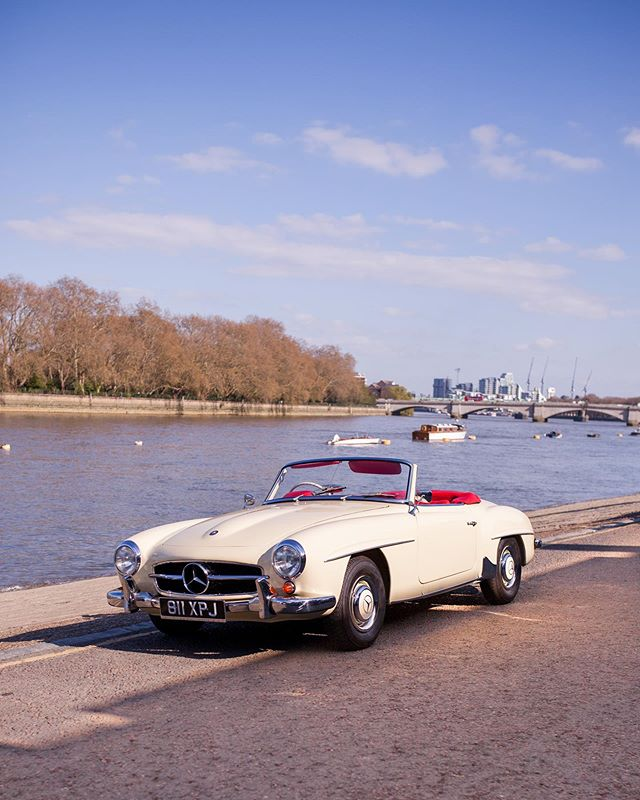 A price reduction on this stunning 190SL makes it a bit of a bargain! A wonderfully restored UK-Supplied car in a great period colour scheme!!