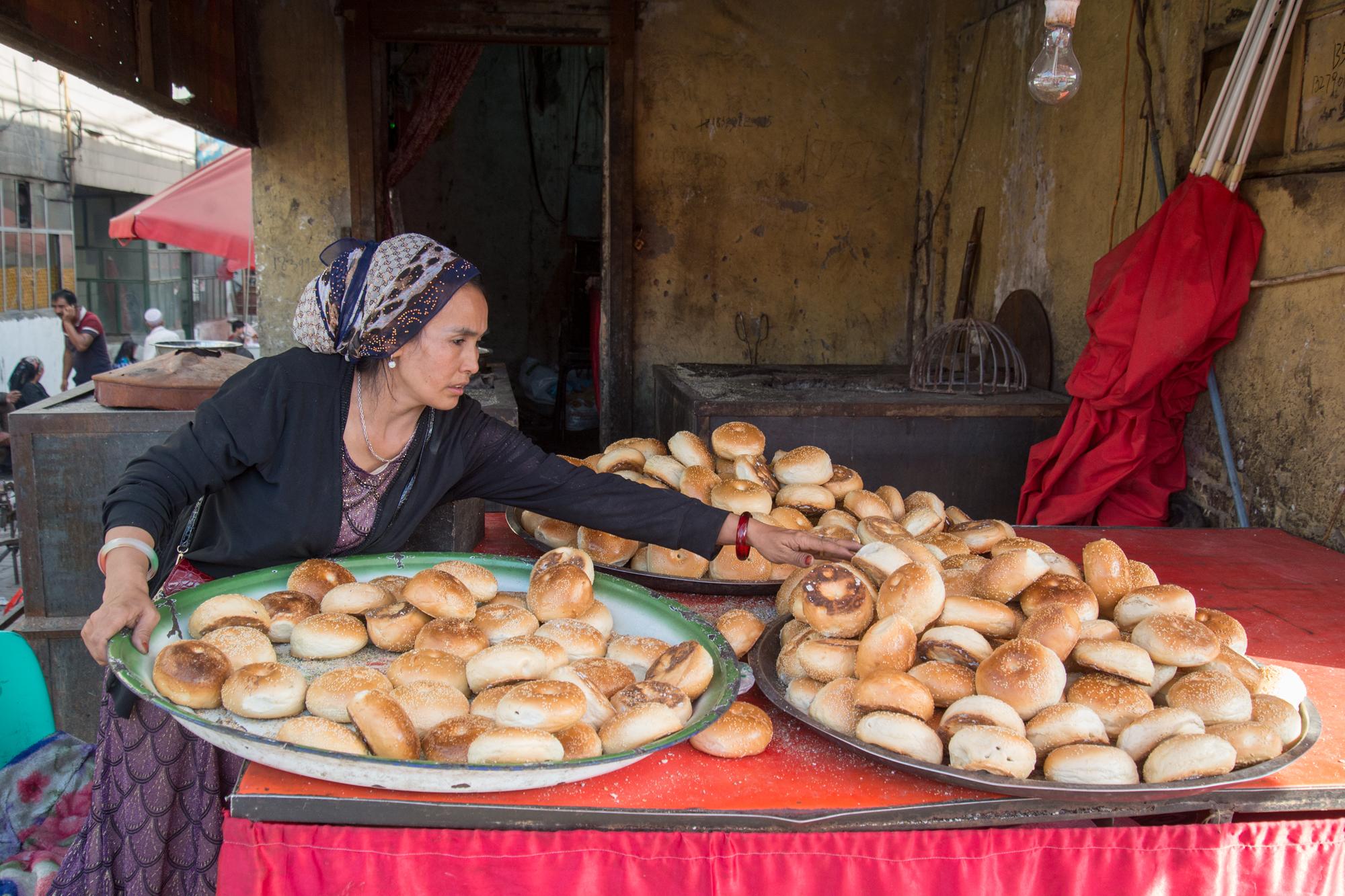 Bagel Naan, Kashgar Bazaar