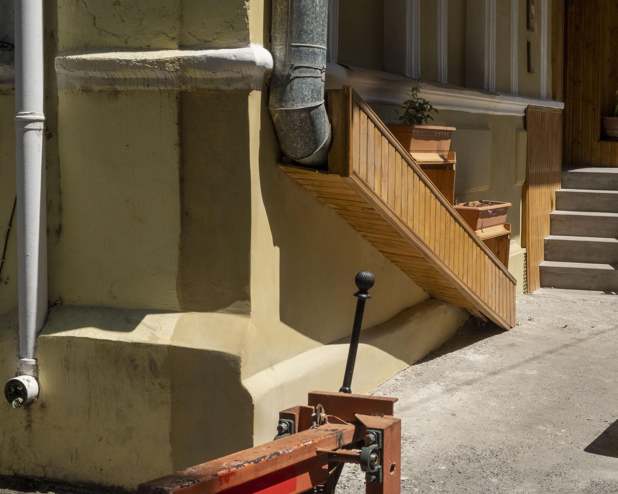 drain to wooden chute.jpg
