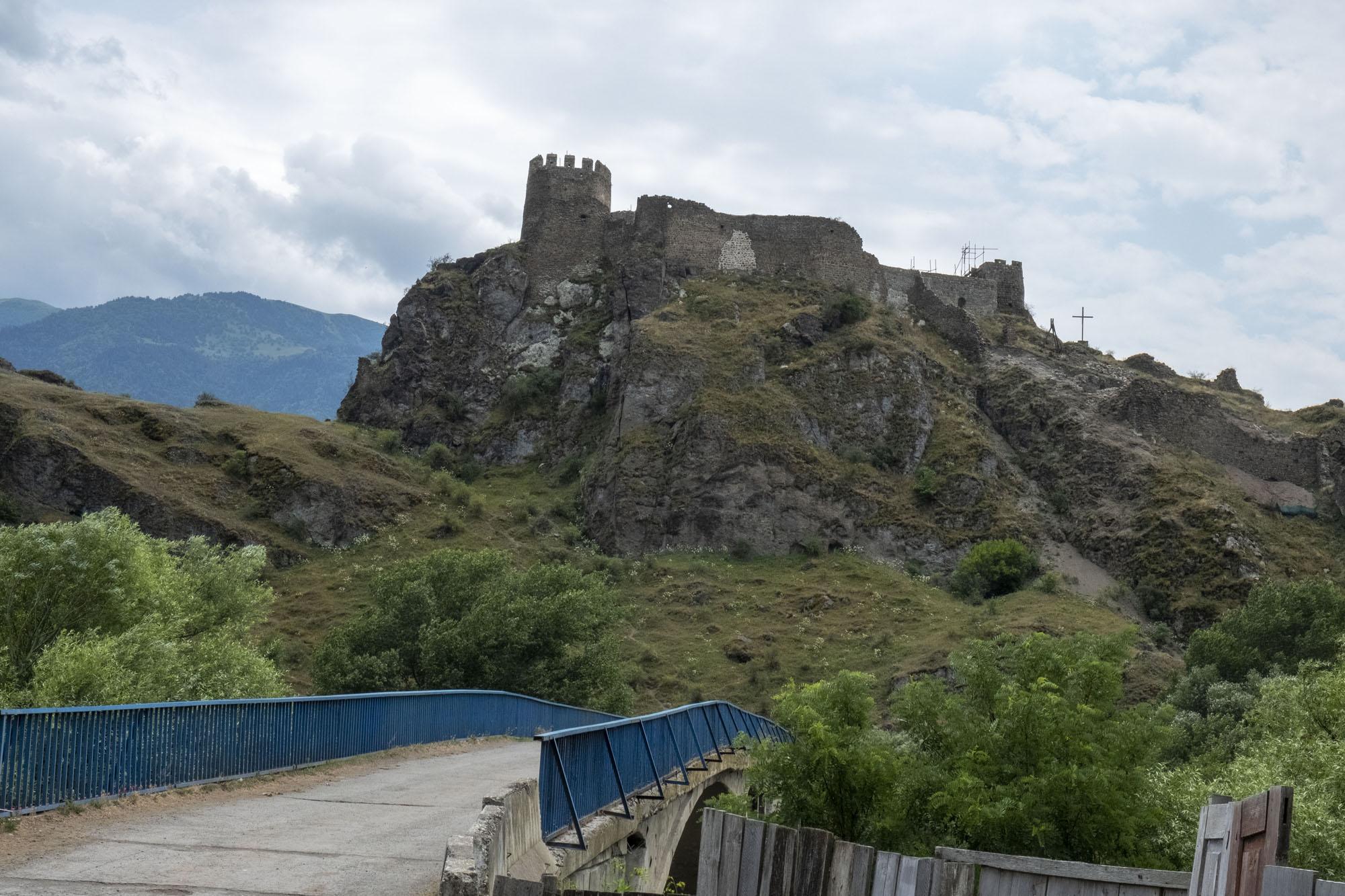 hilside castle.jpg