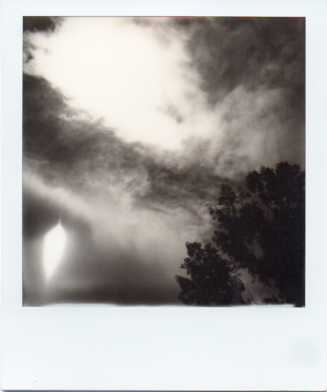 eclipse_polaroid001_web.jpg