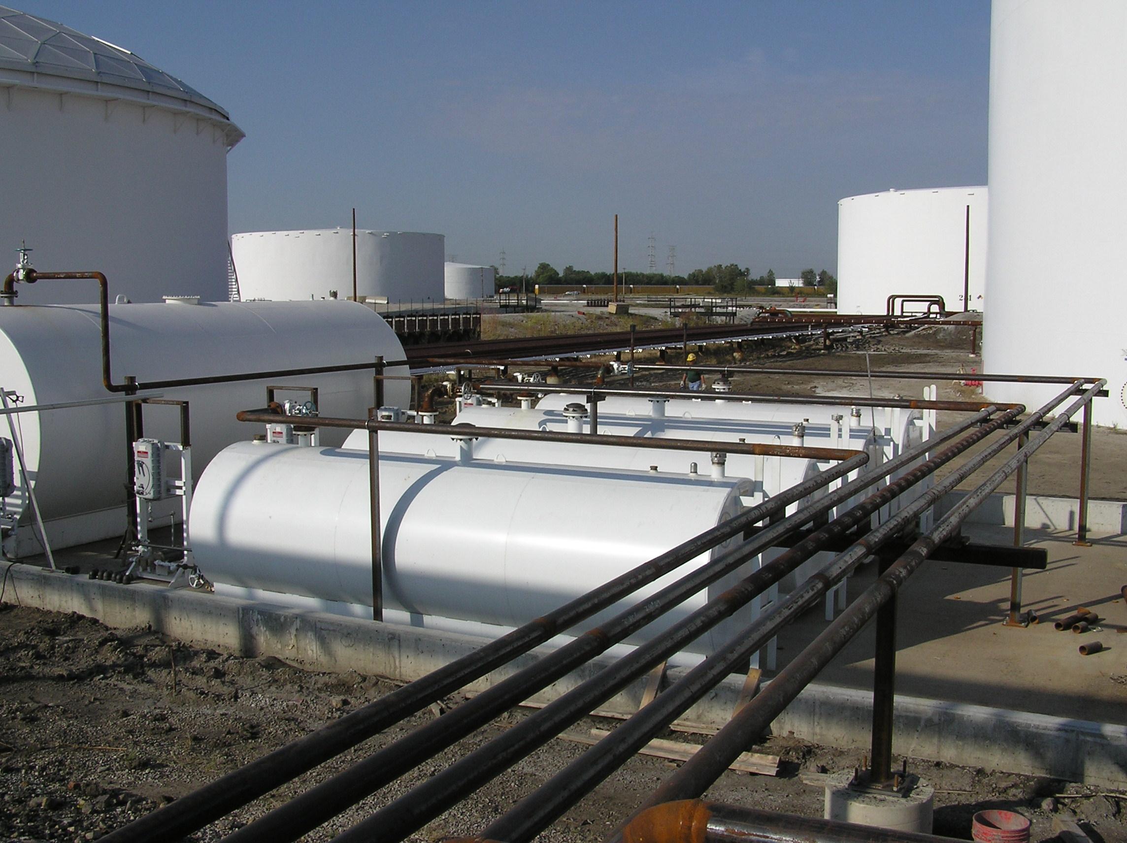 2672 - Fuel Tanks.JPG